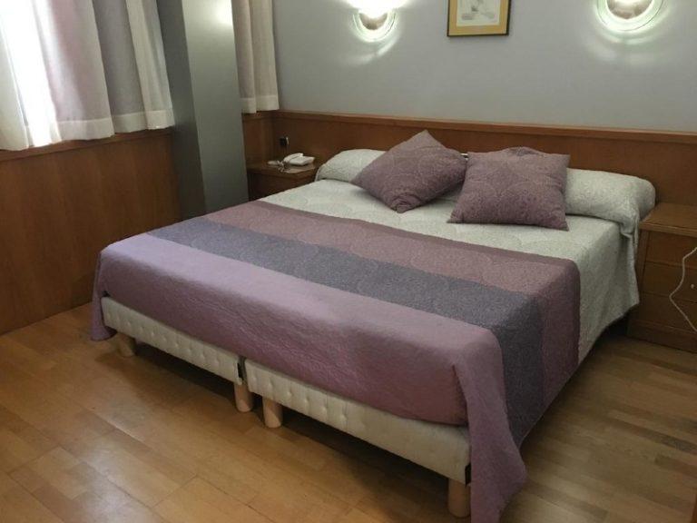 hospedium-hotel-encasa-habitacion doble grande